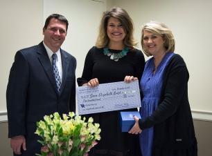 Sara-Elizabeth receiving award